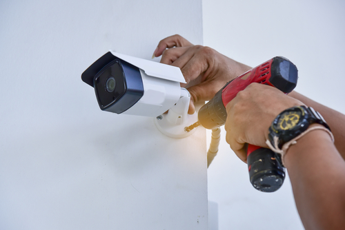 Can Electrician Install CCTV?